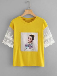 SheIn offers Figure Print Lace Panel Tee & more to fit your fashionable needs. Shirt Print Design, Shirt Designs, Printed Shirts, Tee Shirts, African Wear Dresses, Tee Online, Apparel Design, Cute Fashion, Diy Clothes