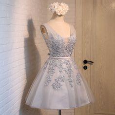 Gray V-Neck Tulle Short Lace Bridesmaid Dress