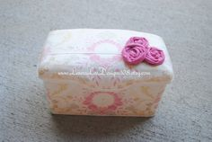 **MADE TO ORDER**    This stylish and trendy nursery baby wipe case that is fully covered in a lovely floral print cotton fabric. The case is
