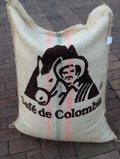 Cafe de Colombia #crazyCOLOMBIA.com by TheCrazyCities via @Pinterest