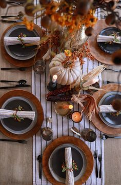 Fall tablescape Ideas | In Honor Of Design