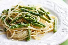 Pasta with Asparagus #skinny #light #pasta #asparagus #vegetable #cheese #creamy