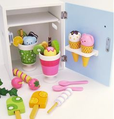 Free Shipping!Baby Toys  Ice Cream Refrigerator Wooden Ice Cream Kids Simulation Appliances Kitchen Toy Gift