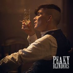 We've had a great reaction to 📷 @robertviglasky's photos from the making of #PeakyBlinders so here are four more from episode two.