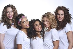 Ready to hit the town tonight with friends? Be sure your #curls STAND OUT! #LoveYourCurls #TGIF