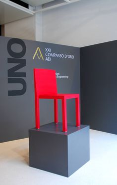 #Uno, due to R606 leather, an innovative material, developed by Segis with Bartoli Design and Fauciglietti Engineering, looks like an hard chair, but actually it's soft and comfortable, extremely compact, sturdy and water resistant. In 2008, #Segis won the XXI Compasso D'Oro with Uno.