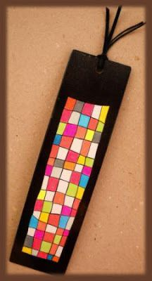 Love the vibrant colours Creative Bookmarks, Diy Bookmarks, Crochet Bookmarks, Preschool Arts And Crafts, Crafts For Kids, School Art Projects, Projects To Try, Bookmark Craft, Diy Notebook