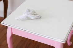 How to Use Chalk Paint on Furniture: A Comprehensive Guide Repainting Furniture, Chalk Paint Furniture, Wooden Furniture, Furniture Plans, Redo End Tables, Side Tables, Entryway Tables, Chalk Paint Brushes, Bleached Wood