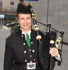 Lisa Farber, All-Ireland Champion bagpiper