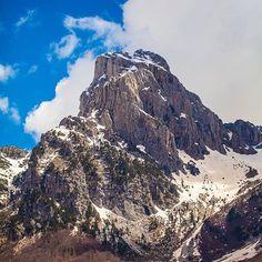 Nuk Jane Alpet qe lidhin Zvicer, Austri & France por Jane Alpet Shqiptare 😍😍 @beautiful_albania ne bashkepunim me nje kompani ne fushen e turizmit do te fillojne nje projekt qe fotot tuaja me te bukura te shfaqen me audienca shume te medha 😉😉 @blerimbytyci 📷📷 Great photos as always