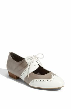 i'm a huge fan of cut out oxfords!  i only have two pairs, but they are SO classic! what's not to love?!<3