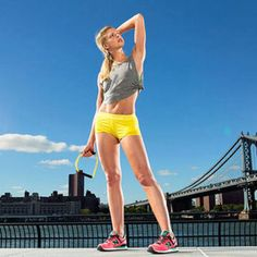 You'll have the right to roll up your sleeves and bare chiseled ballerina arms with this 20-minute routine.