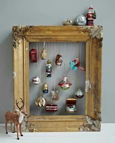 vintage Christmas Crafts Christmas is here now. Want some vintage Christmas decoration ideas and inspirations Open your home and your heart to the beauty of all things vintage. Noel Christmas, Vintage Christmas Ornaments, Christmas Projects, Winter Christmas, Christmas Displays, Christmas Ideas, Vintage Christmas Decorating, Christmas Mantles, Victorian Christmas