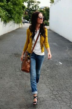 Mustard cardigan, white shirt, boyfriend jeans, brown crossbody. I am obsessed with mustard cardigans but I am also pretty positive one would not work with my coloring. :(
