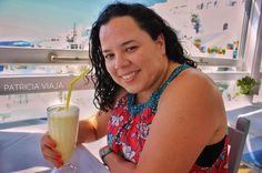 abacaxi com coco  Aproveite o que a vida tem de melhor pra te dar não importa o lugar a sua felicidade é você quem faz  seja grato Santorini, Creta, Coco, Greece, Happiness, Athens, Life, Santorini Caldera, Grease
