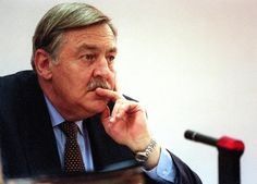 Pik Botha former South African foreign minister listens to questions from members of the TRC 14 October at hearings in Johannesburg Botha once the. End Of Apartheid, Living In Dubai, Lest We Forget, African History, South Africa, Armies, Nelson Mandela, Africans, Politicians
