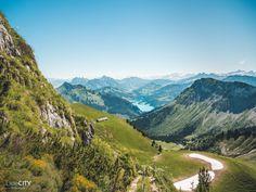 48 wunderschöne Ausflugstipps in der Schweiz Golf Courses, Hiking, Tours, Mountains, Landscape, Nature, Travel, Places, Rock Cakes