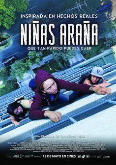 Niñas Araña recrea la historia real de tres niñas de 13 años que desde las noticias policiales reveló las brutales consecuencias de las injusticias sociales.