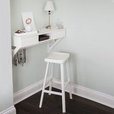 Floating dressing table. Wall mounted to maximise space in smaller rooms. Plenty of storage for all your vanity items with two drawers and a central