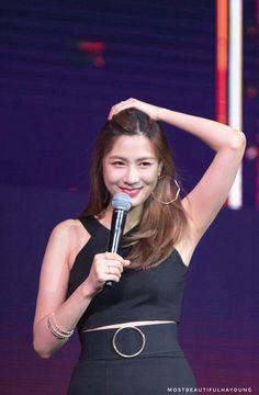Apink - Asia Tour in Taipei Korean Girl, Asian Girl, Oh Hayoung, Apink Naeun, Pink Panda, Female Stars, Female Athletes, Kpop Girls, Underarm