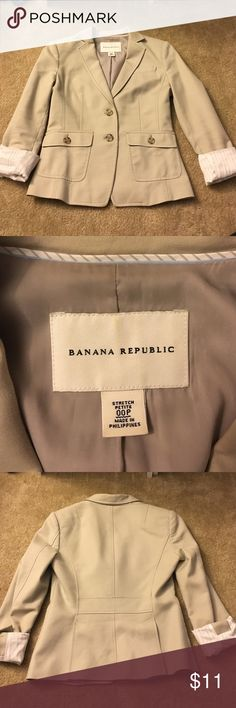 Blazer Has two front pockets one small pocket inside blazer, sleeves can be folded or unfolded , light tan color, soft comfy blazer ,no stains no rips ,pair with your perfect tee and jeans for an effortless outfit - I ship fast same day if possible or following morning  Banana Republic Jackets & Coats Blazers