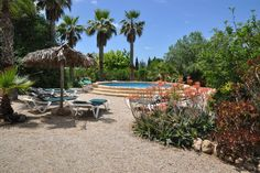 Llucmayor, South Mallorca: Private finca with four houses and a dream garden.