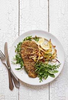 My Turkey Schnitzel is the ultimate week night meal. Delicious no-breadcrumb schnitzel with parsnip chips will please the whole family! Healthy Turkey Recipes, Healthy Eating Recipes, Healthy Food, Lunch Box Recipes, Delicious Dinner Recipes, Egg Recipes, Delicious Food, Madeleine Shaw Recipes