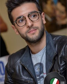 "371 Likes, 1 Comments - Rockme_IlVolo (@rockme_ilvolo) on Instagram: ""#photogallery by @G_Mazzola_art @allmusicitalia @ilvolomusic #instore #palermo link…"""