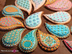 Indian Weddings Inspirations. Henna Wedding Cookies by Henna Lounge. Repinned by #indianweddingsmag indianweddingsmag.com #weddingcake