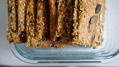 Domácí knäckebrot - Kuchařka pro dceru Bread Recipes, Banana Bread, Pancakes, Baking, Breads, Brot, Bread Rolls, Bakken, Pancake