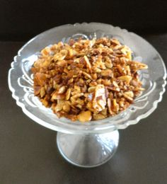 CINNAMON  GRANOLA a gluten-free & Paleo treat that's simple to make and packed with protein.