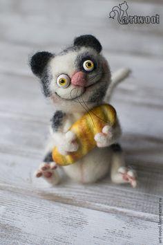 Игрушки животные, ручной работы. Ярмарка Мастеров - ручная работа. Купить Кот с батоном. Handmade. Белый, кот игрушка, прикол