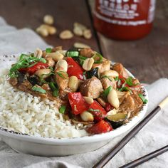 Spice up your dinner with this Slow Cooker Kung Pao Chicken! Slow Cooker Recipes, Crockpot Recipes, Cooking Recipes, Slow Cooking, Easy Healthy Recipes, Easy Meals, Yummy Recipes, Chicken Lunch Recipes, Chicken Eating