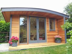 x Curved Roof Cedar Clad Garden Office with Double Glazed Anthracite Windows and Doors – Home decoration ideas and garde ideas Small Garden Office Shed, Shed Office, Backyard Office, Garden Pods, Garden Cabins, Summer House Garden, Cedar Cladding, Cedar Garden, Tiny House Cabin