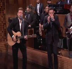 "Russell Crowe and Jimmy Fallon rocked out to Johnny Cash's ""Folsom Prison Blues"" on The Tonight Show last night, and from the way Jimmy rocked out on the harmonica, he's for sure done some time."