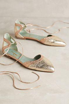 0de87a255 37 best Shoes (Happy Feet) images on Pinterest