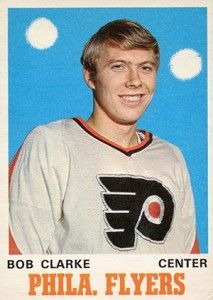 List and analysis of the 10 most valuable hockey rookie cards. Players include Wayne Gretzky, Ken Dryden and Guy Lafleur. Flyers Players, Flyers Hockey, Hockey Cards, Hockey Players, Historic Philadelphia, Philadelphia Sports, Ken Dryden, Hockey Hall Of Fame, Player Card