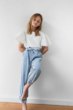 Girls' Pants   Online Sale   ZARA United States Little Girl Outfits, Cute Outfits For Kids, Girls In Leggings, Girls Pants, Fashion Kids, Fashion Outfits, Zara Kids, Classy Outfits, Trends