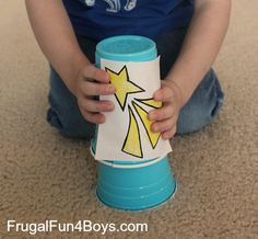 Make a Shooting Star Launcher - Paper cups and rubber bands-star craft for wisemen