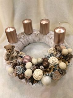 Here are the best DIY Christmas Centerpieces ideas perfect for your Christmas & holiday season home decor. From Christmas Vignettes to Table Centerpieces. Christmas Candle Holders, Christmas Mason Jars, Christmas Candles, Christmas Diy, Christmas Wreaths, Homemade Christmas, Rustic Christmas, Snowflake Centerpieces, Christmas Table Centerpieces