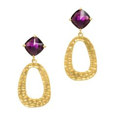 Make a bold and beautiful fashion statement. These gold hammered dangle earrings feature an oversized amethyst stone.