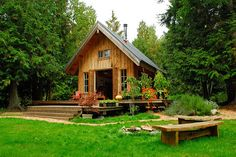 Invite me in please. Let's bake bread and play scrabble and just relax.  #Cabin #Tiny Home