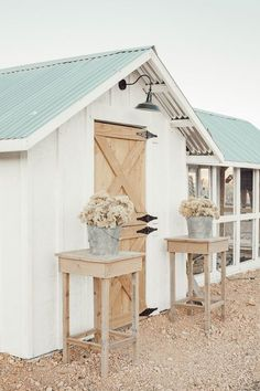 What a gorgeous chicken coop design! I love the dutch door solar lights and outdoor chicken run with a tin roof. Its so pretty! What a gorgeous chicken coop design! I love the dutch door solar lights and outdoor chicken run with a tin roof. Its so pretty! Chicken Coop Designs, Cute Chicken Coops, Chicken Coup, Backyard Chicken Coops, Chicken Runs, Chickens Backyard, Large Chicken Coop Plans, Chicken Coop Run, Chicken Tractors