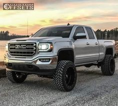 old lifted trucks Jacked Up Trucks, Chevy Pickup Trucks, Dodge Trucks, Jeep Truck, Cool Trucks, Chevy 4x4, Lifted Chevy, Lifted Duramax, Lifted Silverado