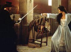 Alejandro Murrieta (Zorro) &  Eléna (De La Vega) Montero | The Mask of Zorro (1998)    #antoniobanderas #catherinezetajones #couples