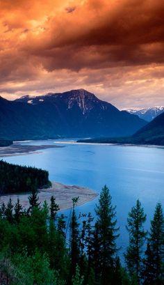 Upper Arrow Lake - British Columbia - Canada