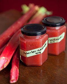 Noch mal Marmelade: Rhabarber mit Waldmeister | fressen und gefressen werden