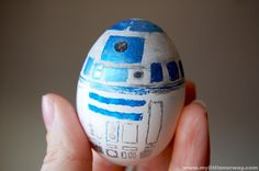 R2D2 Star Wars Easter Eggs from My Little Norway