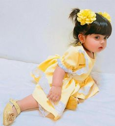 Beautiful Baby Pictures, Cute Little Baby Girl, Cute Baby Girl Pictures, Beautiful Baby Girl, Sweet Girls, Beautiful Children, Baby Girls, Small Cute Babies, Cute Kids