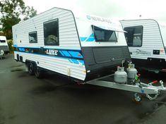 Are you looking for a new caravan in North Gosford, NSW? With over 43 years in the industry, new caravans for sale in our NSW Dealership can provide you with every comfort you will need. Double Bunk, Caravans For Sale, Cafe Seating, Car Finance, Water Tank, Solar Panels, Cars For Sale, Recreational Vehicles, Layout